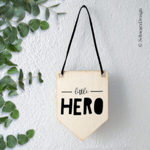 Wimpel «little hero»